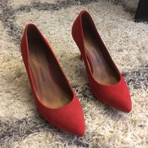 🆕 {Chinese Laundry} • red Ruthy pumps